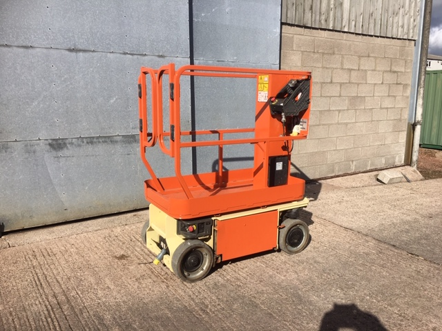 An image of 2010 JLG 1230ES Electric Scissor Platform goes here.